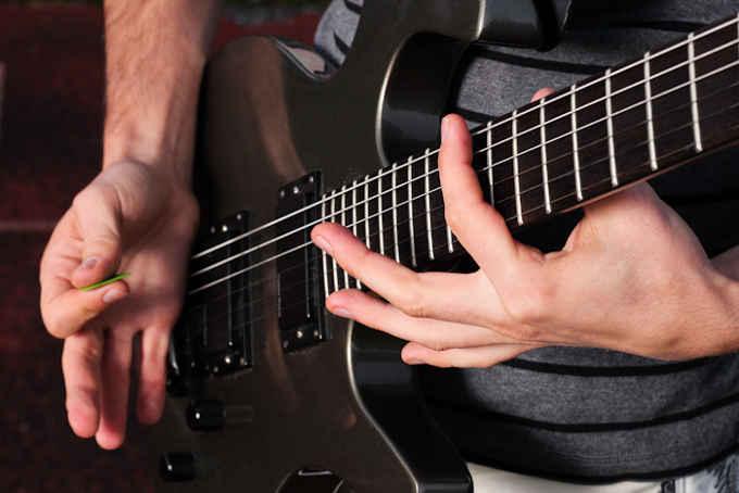 palm muting guitarra